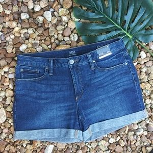 ana shorts size 8